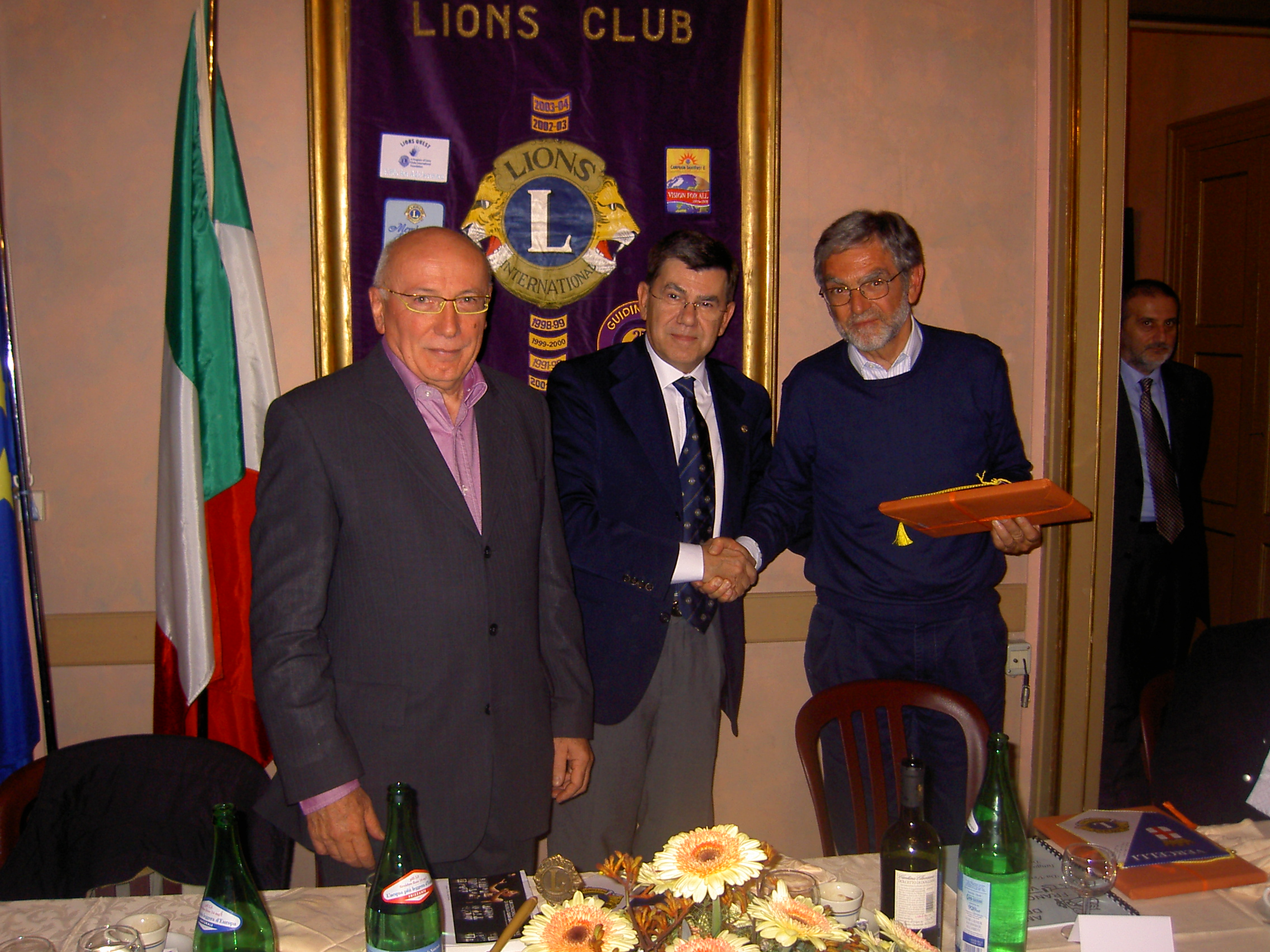 I pellegrini della Via Francigena al Lions Club Vercelli